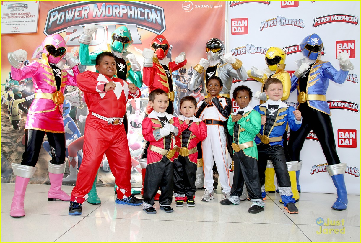 Power rangers dino charge cast announced at power morphicon 2014 power rangers dino charge cast announced 05 m4hsunfo