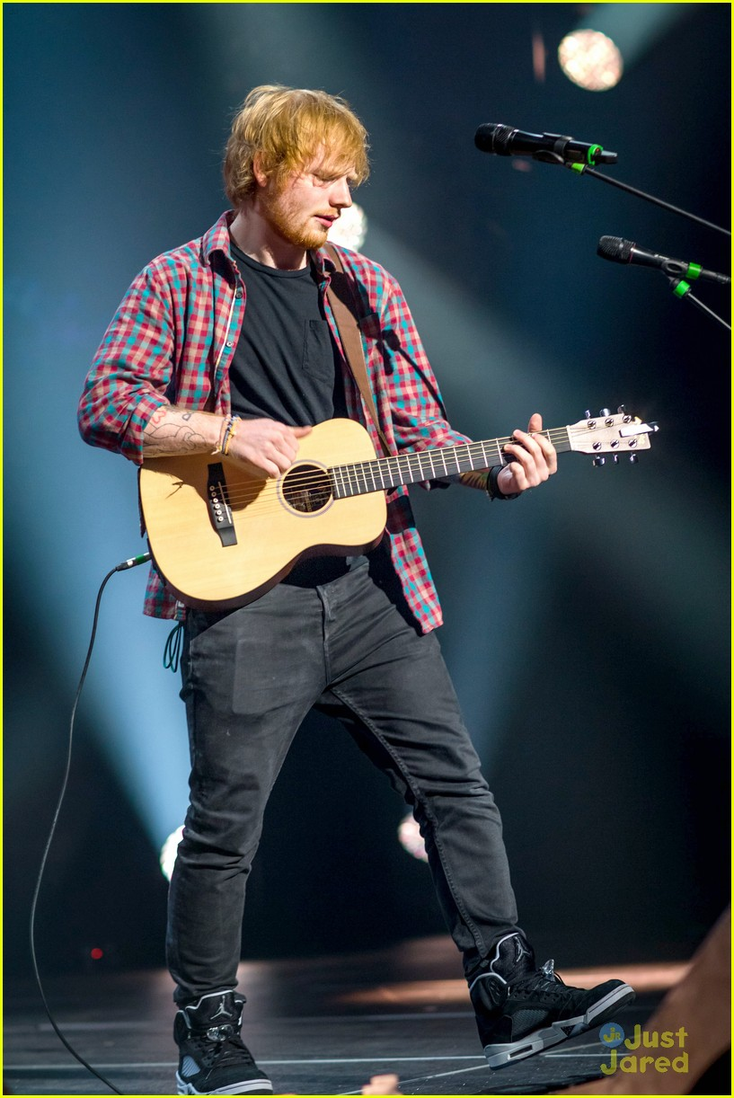 ed sheeran las vegas performance 04