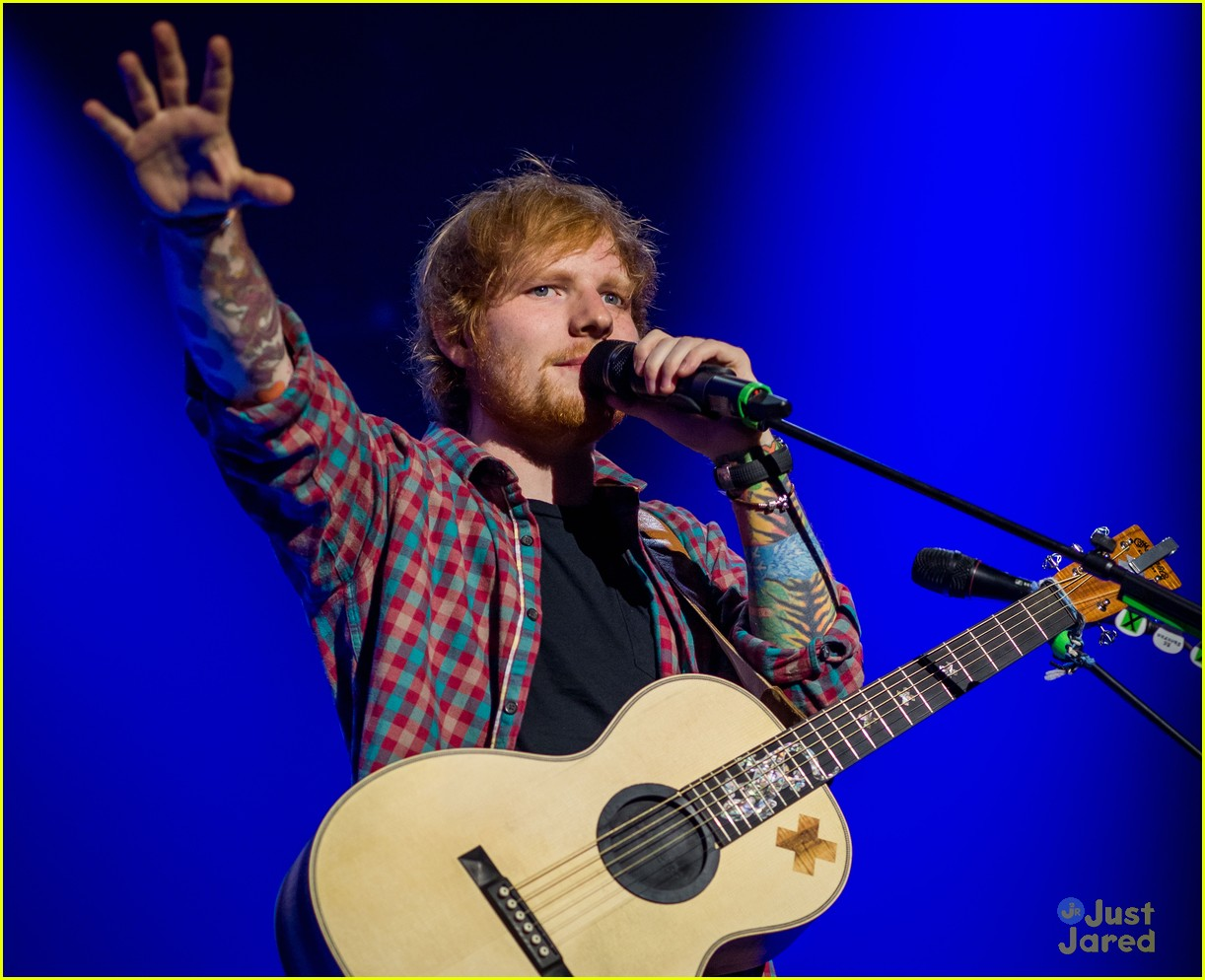 ed sheeran las vegas performance 12