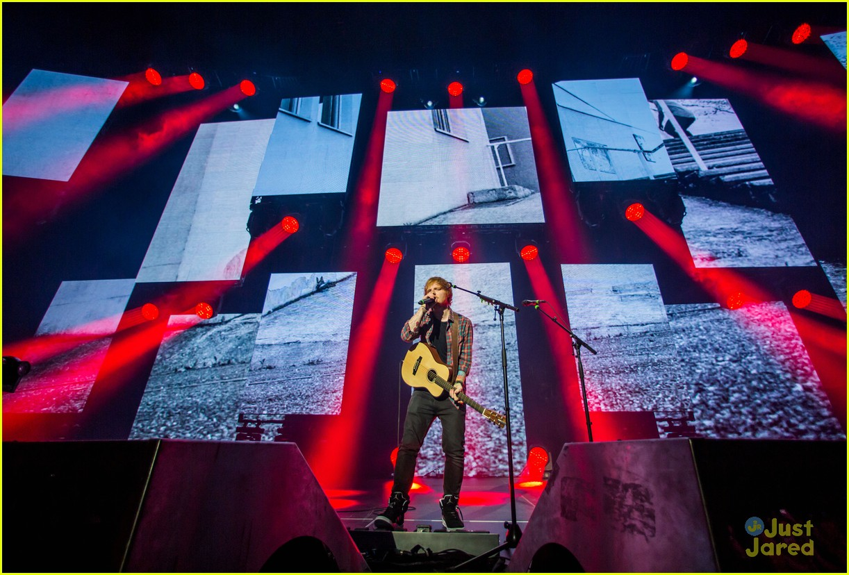 ed sheeran las vegas performance 15