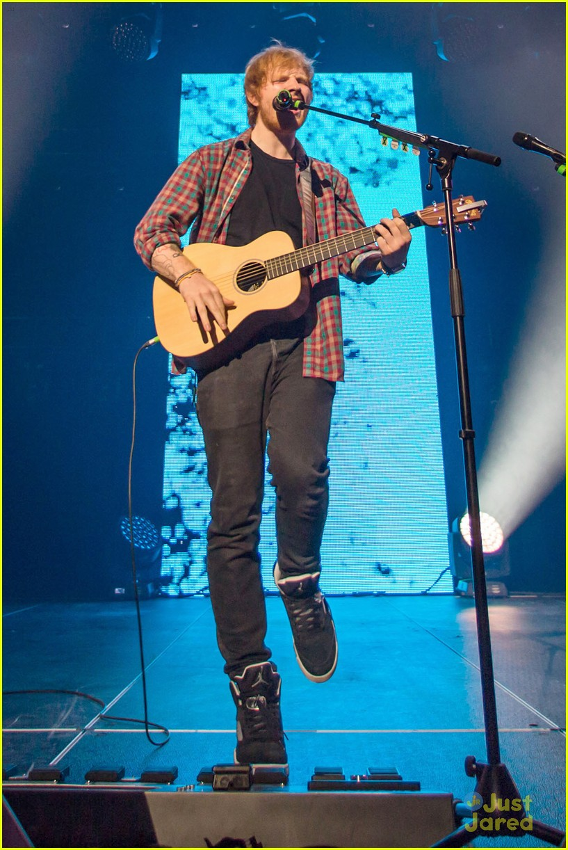 ed sheeran las vegas performance 16