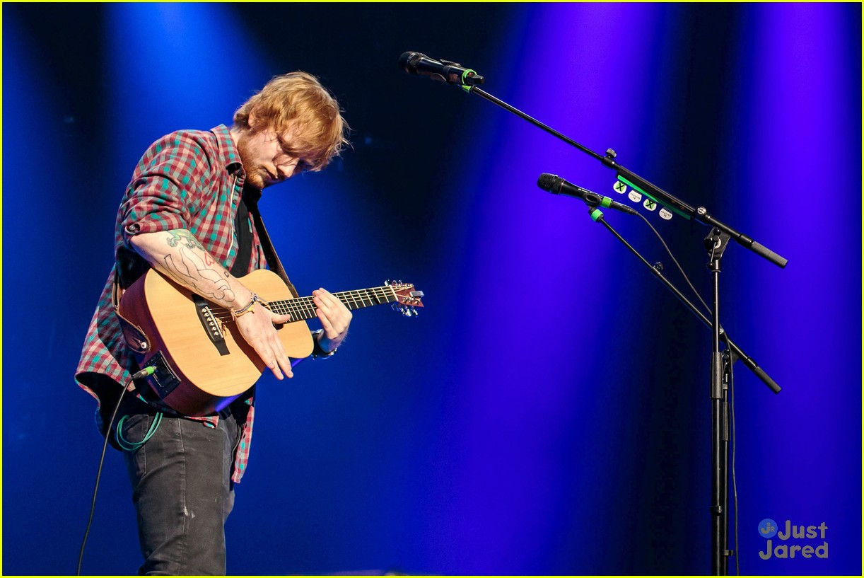 ed sheeran las vegas performance 28