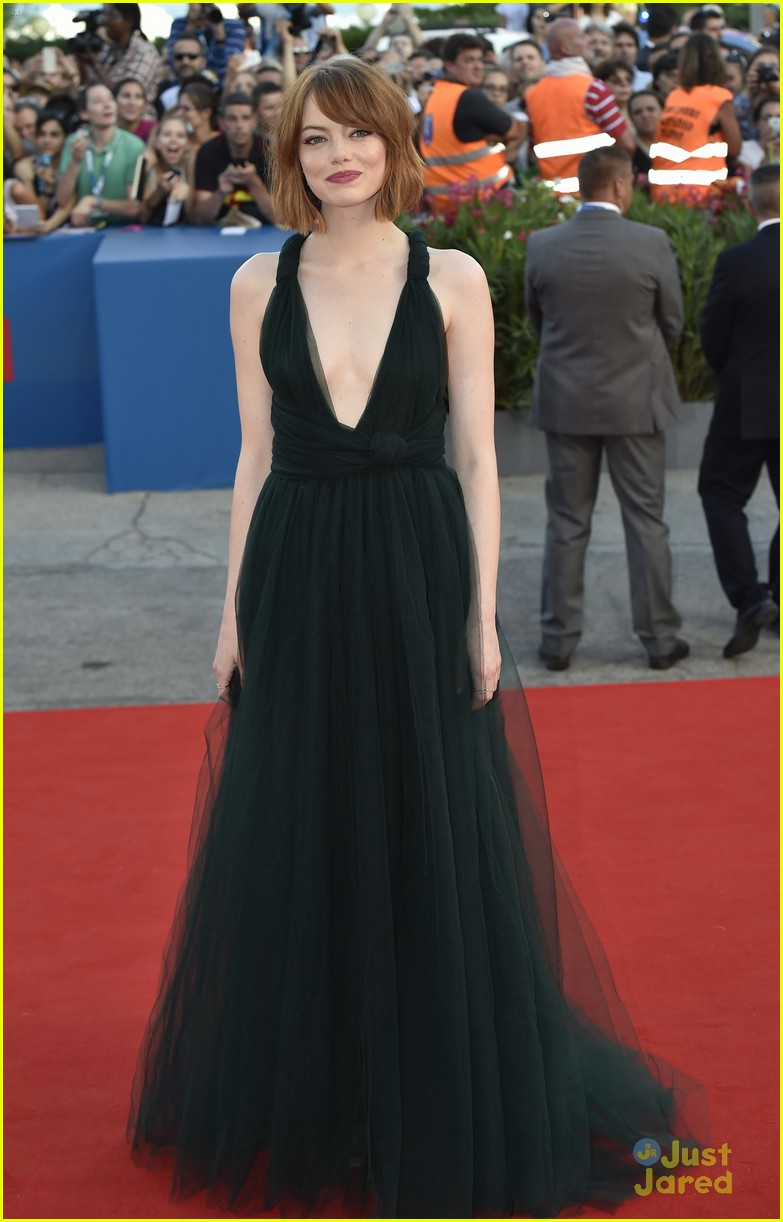 emma stone low cut dress for birdman venice premiere 09