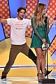 tyler posey jennifer lopez reunion teen choice awards 17