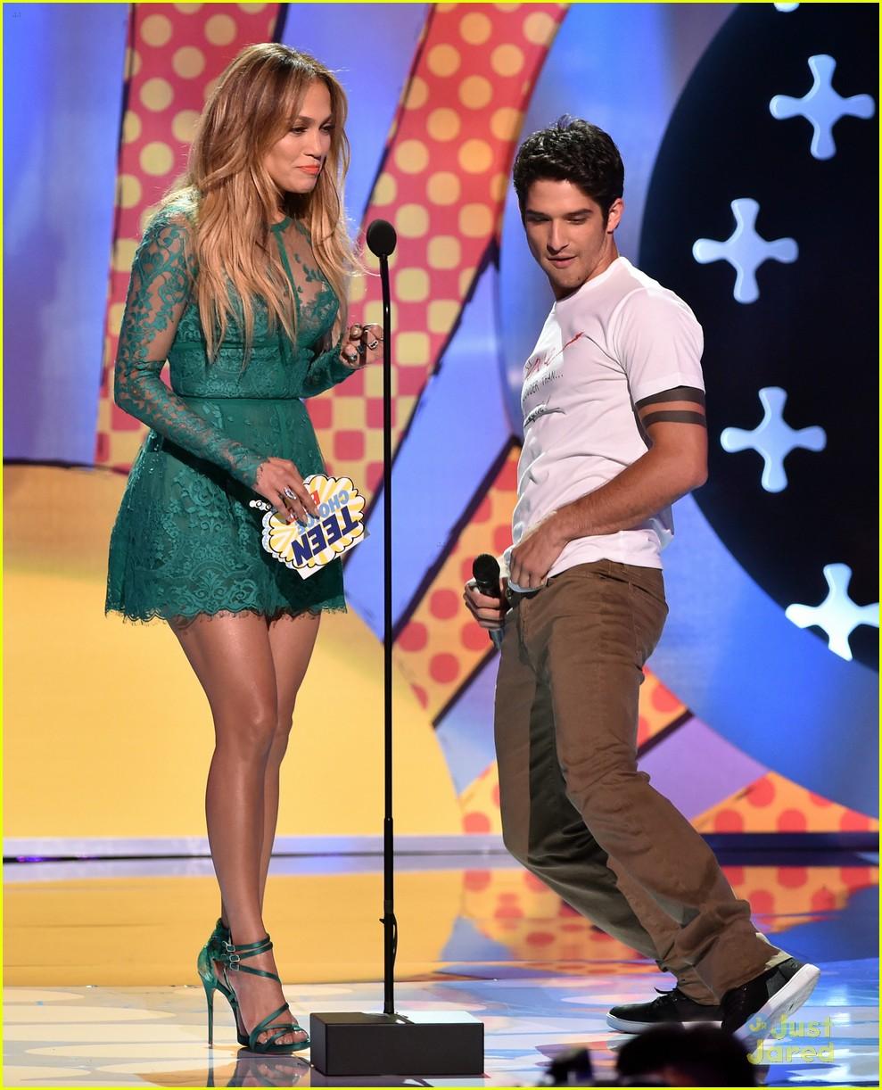 tyler posey jennifer lopez reunion teen choice awards 14