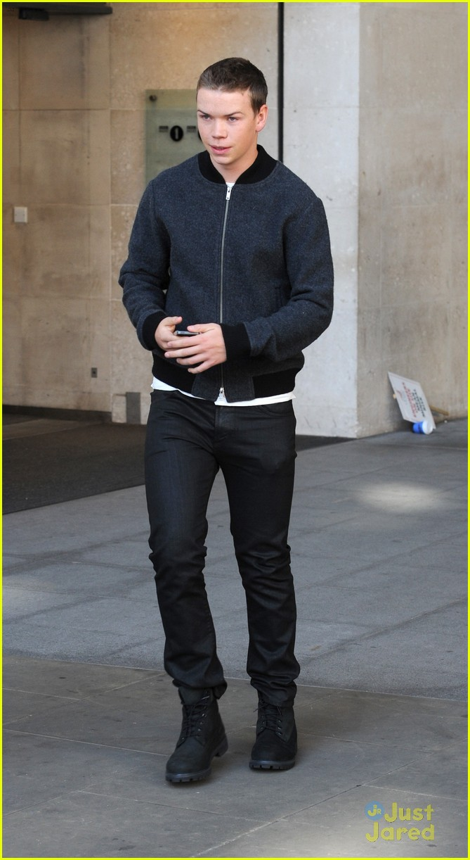 will poulter promote the maze runner london 03