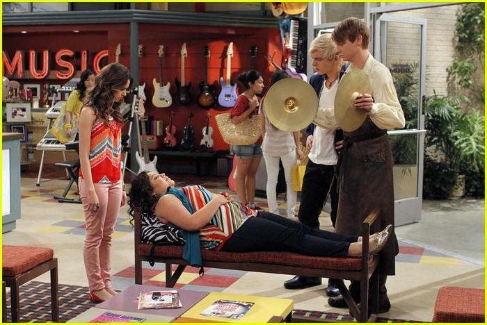 trish bullied kindness episode austin ally 06