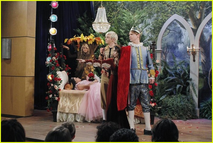trish bullied kindness episode austin ally 07