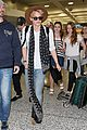 cody simpson selfie sydney airport 24