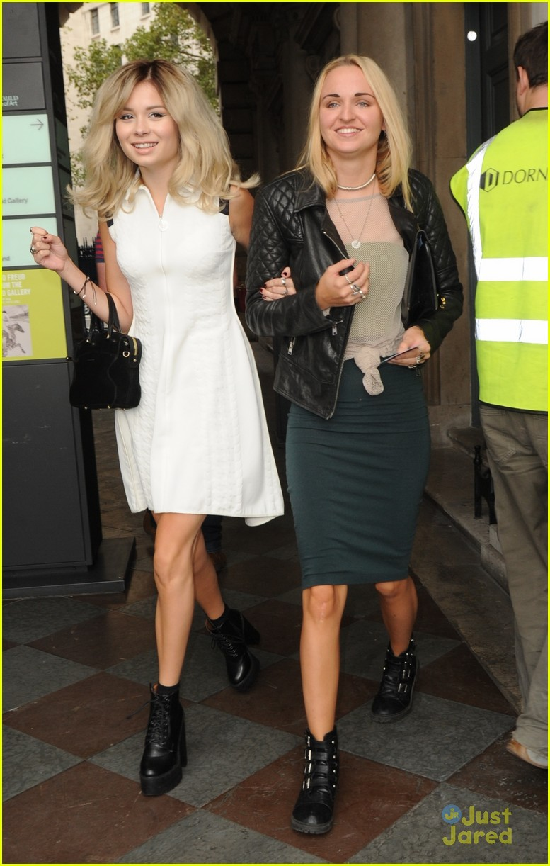 nina nesbitt london fashion week events 06
