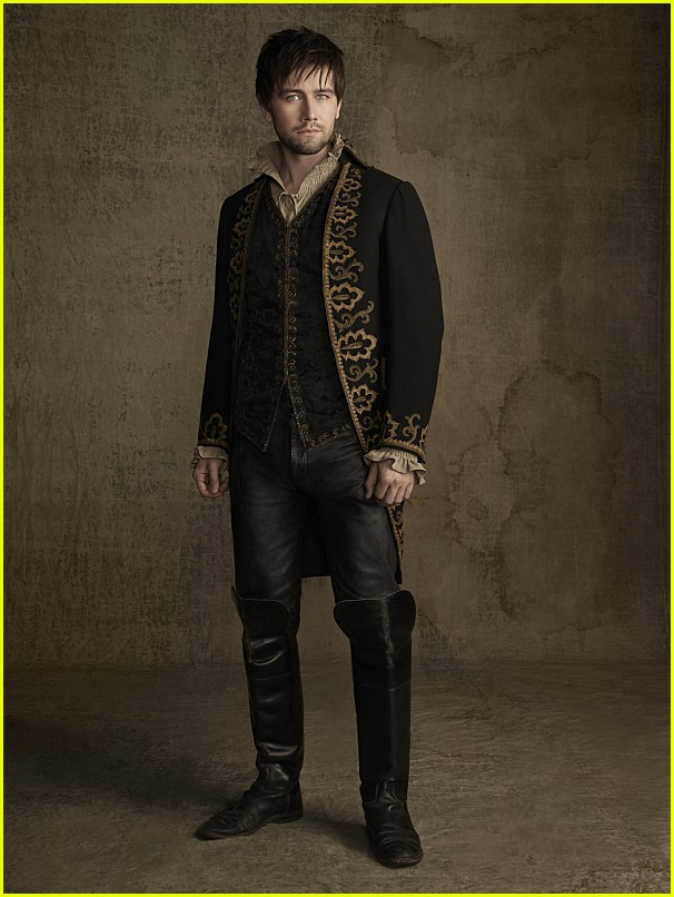 reign cast new photos season 2 01