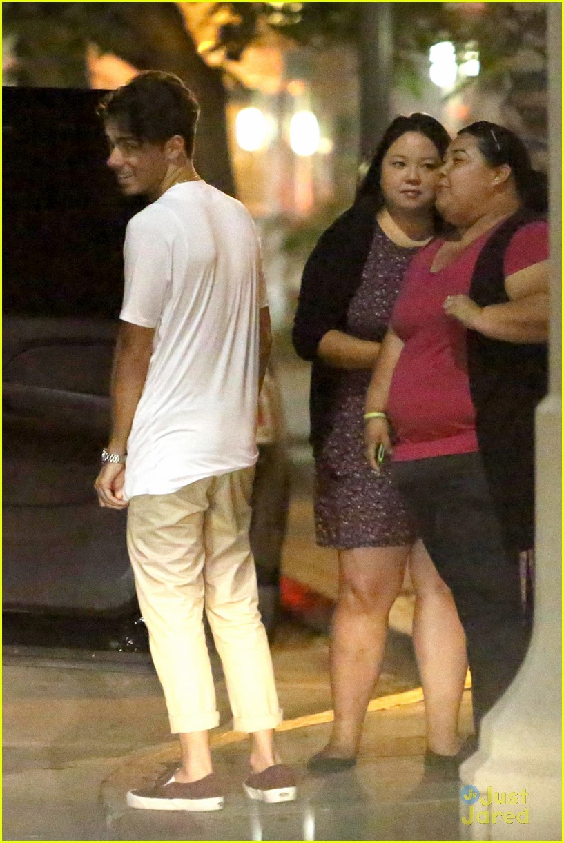 nathan sykes hugs fans west hollywood 01