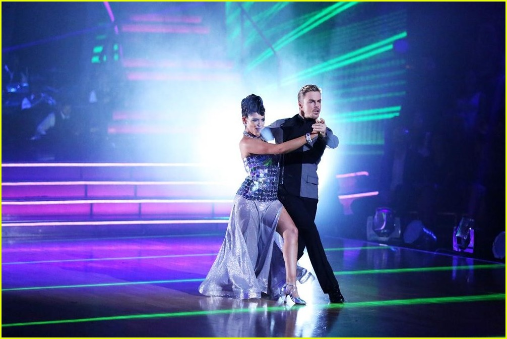 Dancing with the stars season 19 bethany and derek dating