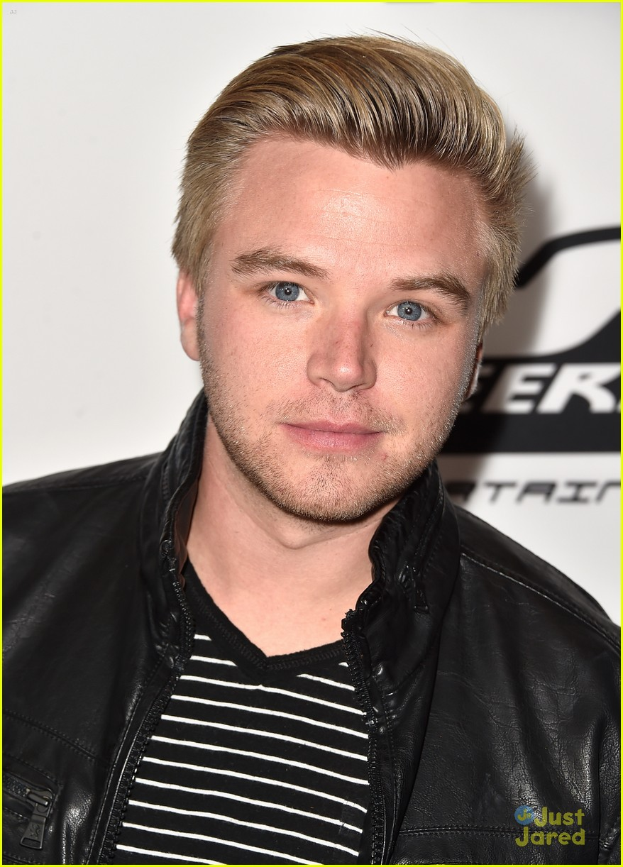 brett davern on any sunday screening 02