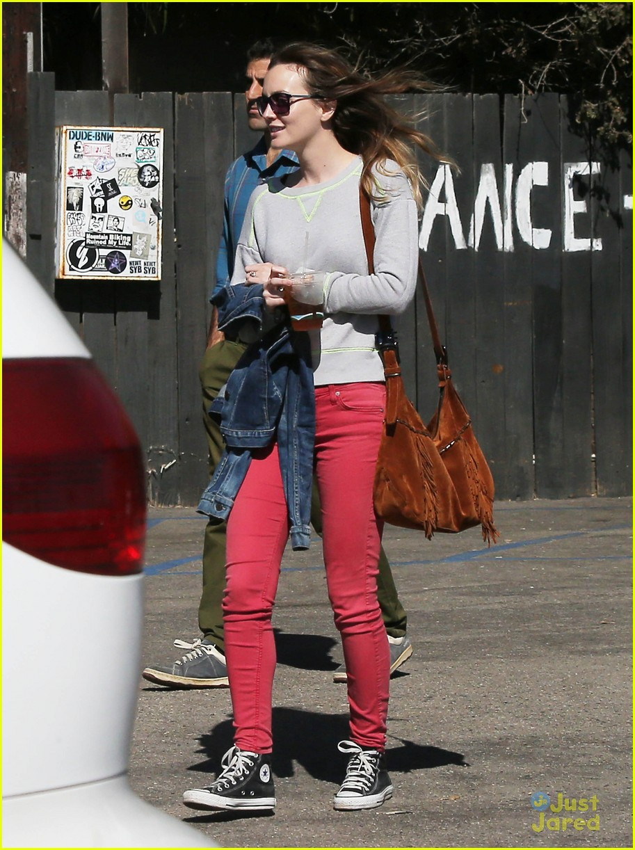 leighton meester adam brody take their family to lunch 05