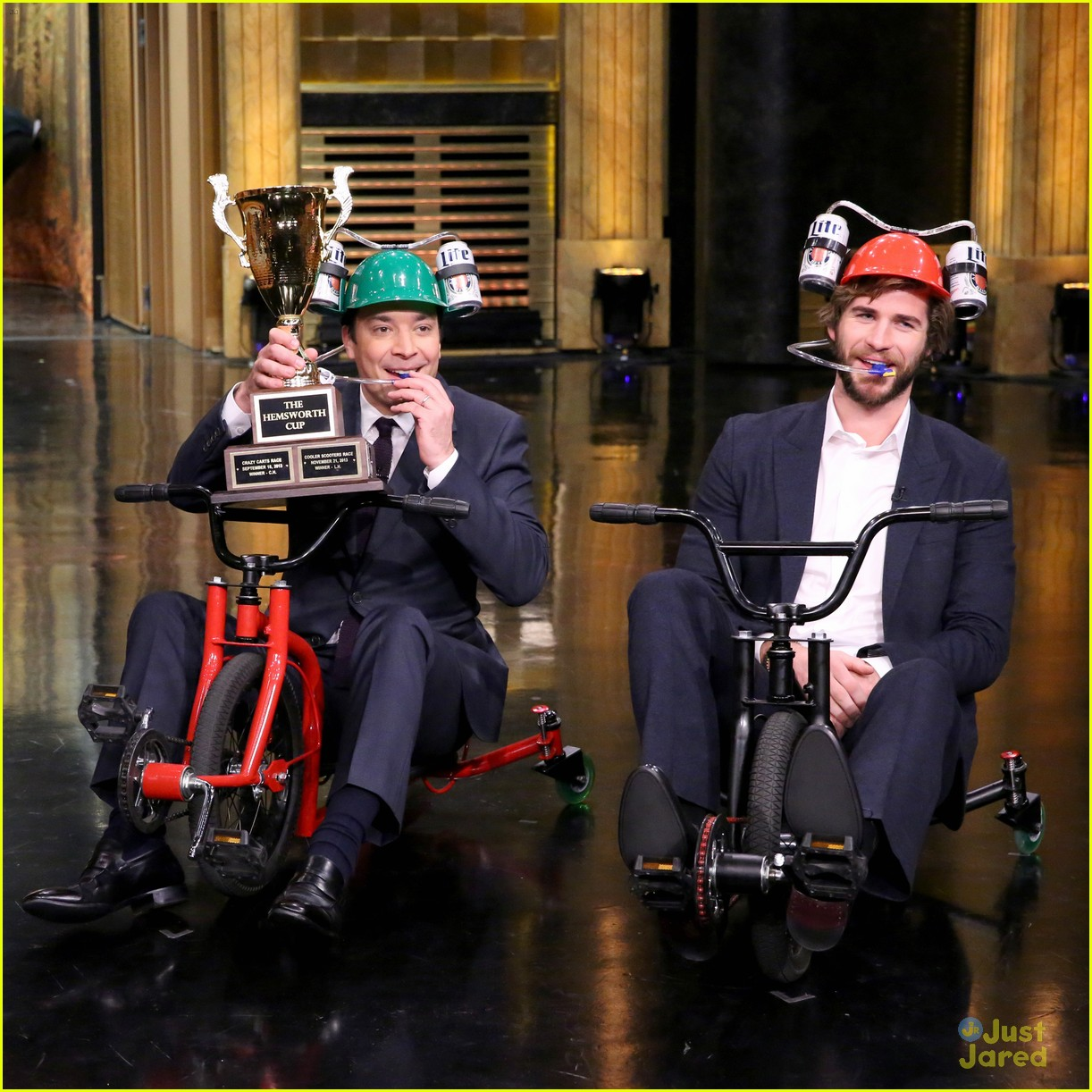 liam hemsworth tricycle race on tonight show 02