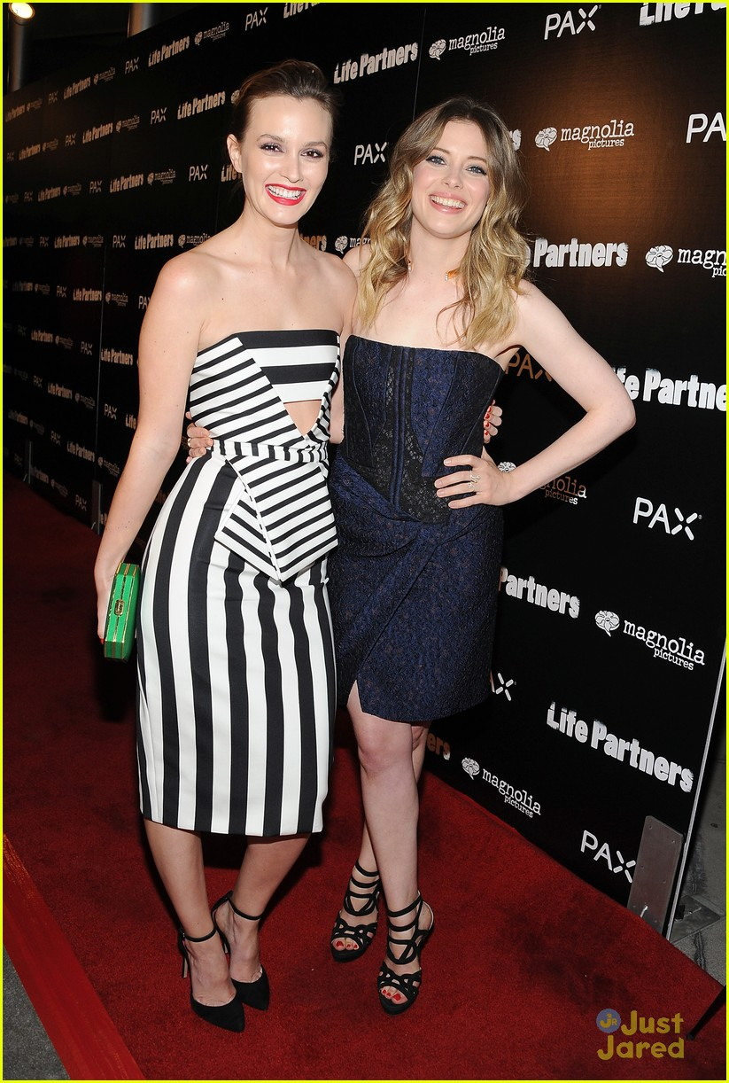 leighton meester gillian jacobs life partners premiere 03