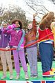 quvenzhane wallis annie kids perform on the parade 11