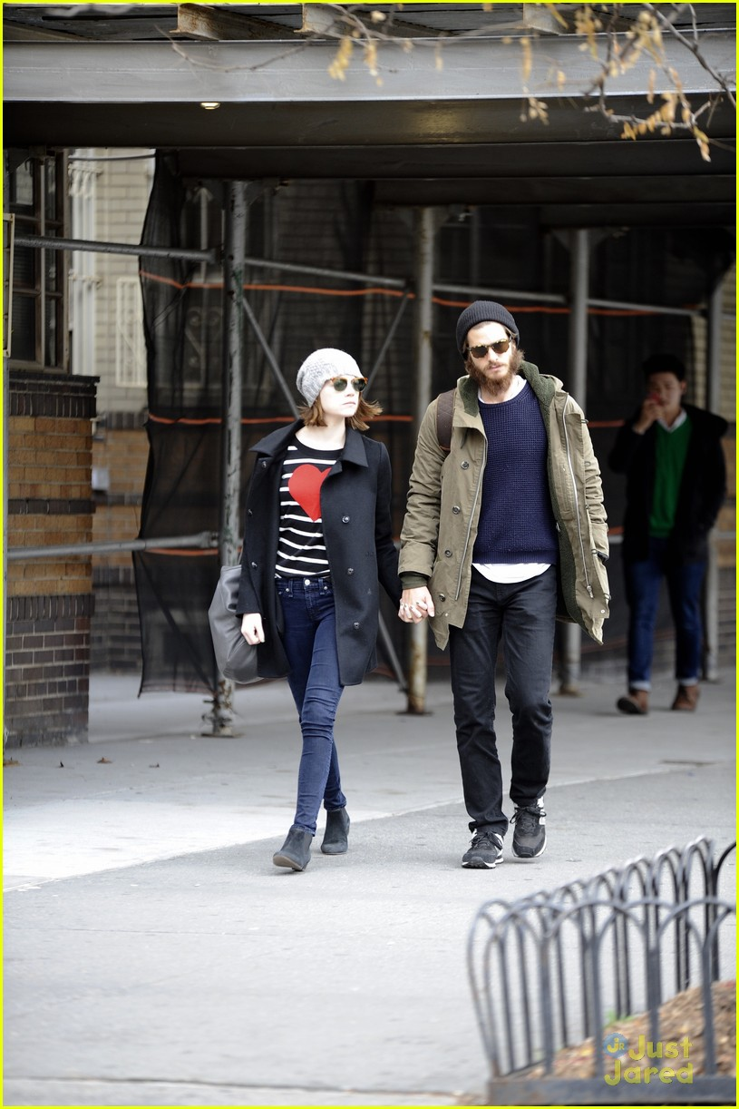 emma stone andrew garfield get alone time 09