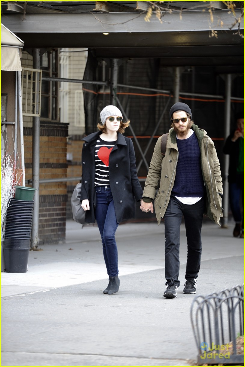emma stone andrew garfield get alone time 11
