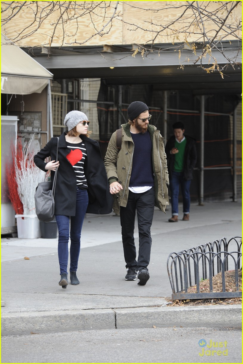 emma stone andrew garfield get alone time 14