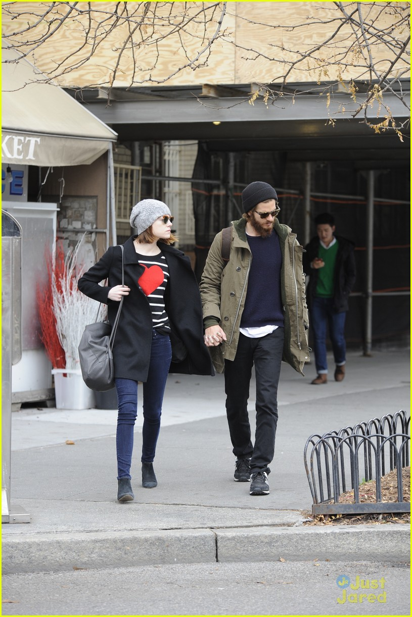 emma stone andrew garfield get alone time 15