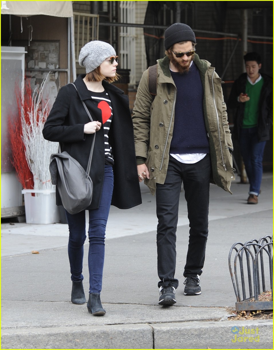 emma stone andrew garfield get alone time 17
