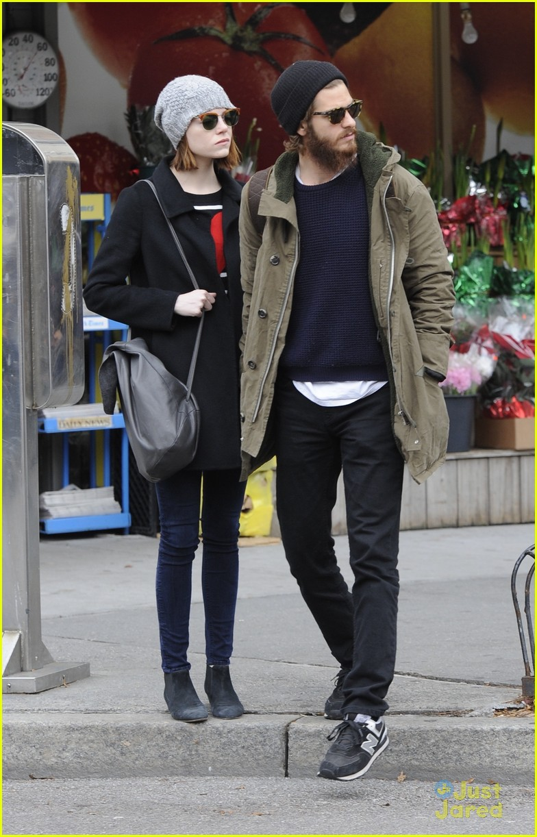emma stone andrew garfield get alone time 18