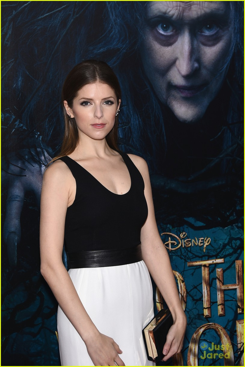 anna kendrick into the woods premiere 01
