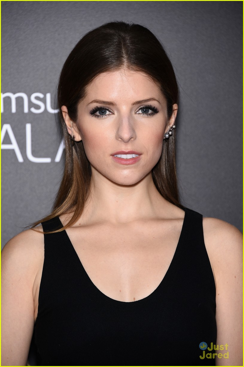 anna kendrick into the woods premiere 05