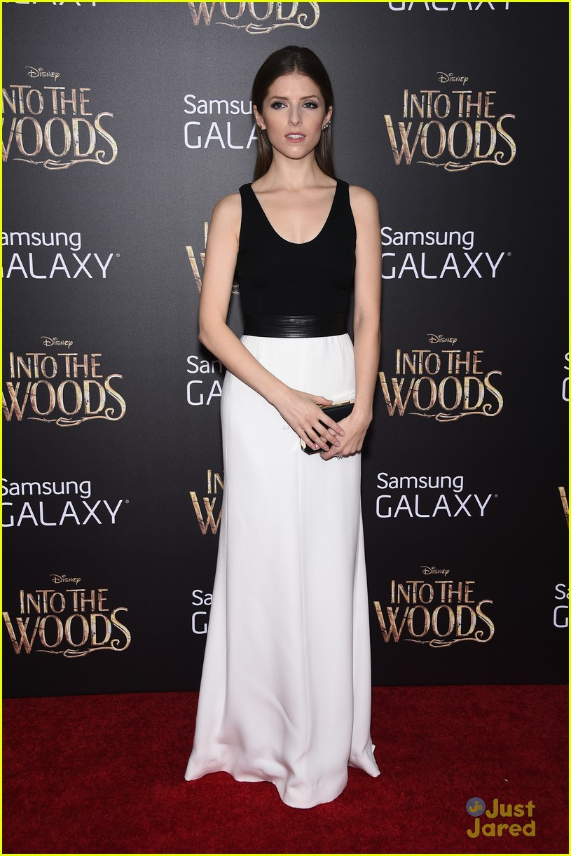 anna kendrick into the woods premiere 09