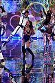 ariana grande ed sheeran victorias secret fashion show 10