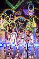 ariana grande ed sheeran victorias secret fashion show 12