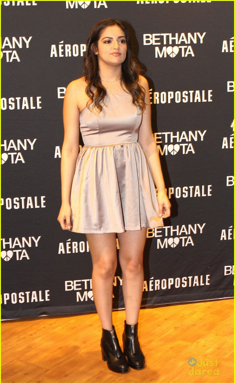 Bethany mota doesnt want to be a tv star heres why photo bethany mota doesnt want to be tv star 01 m4hsunfo