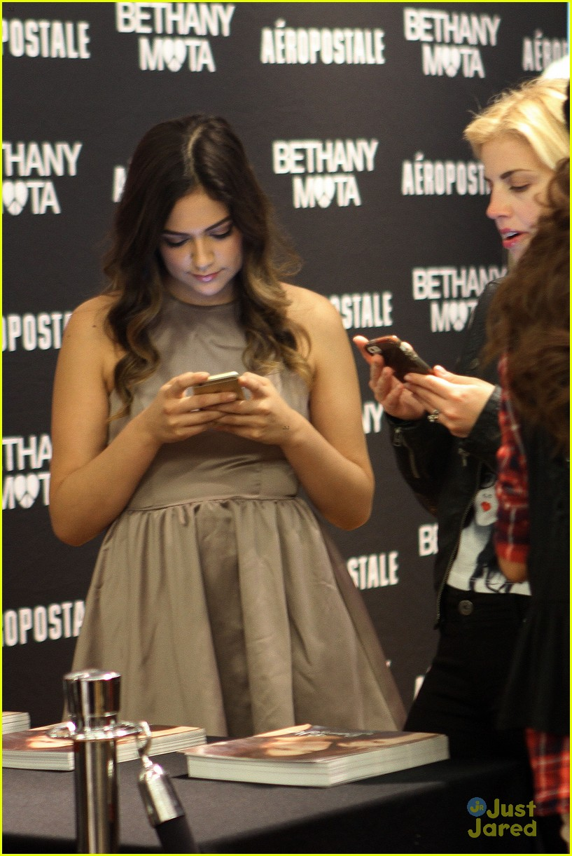 Bethany mota doesnt want to be a tv star heres why photo bethany mota doesnt want to be tv star 27 m4hsunfo Gallery
