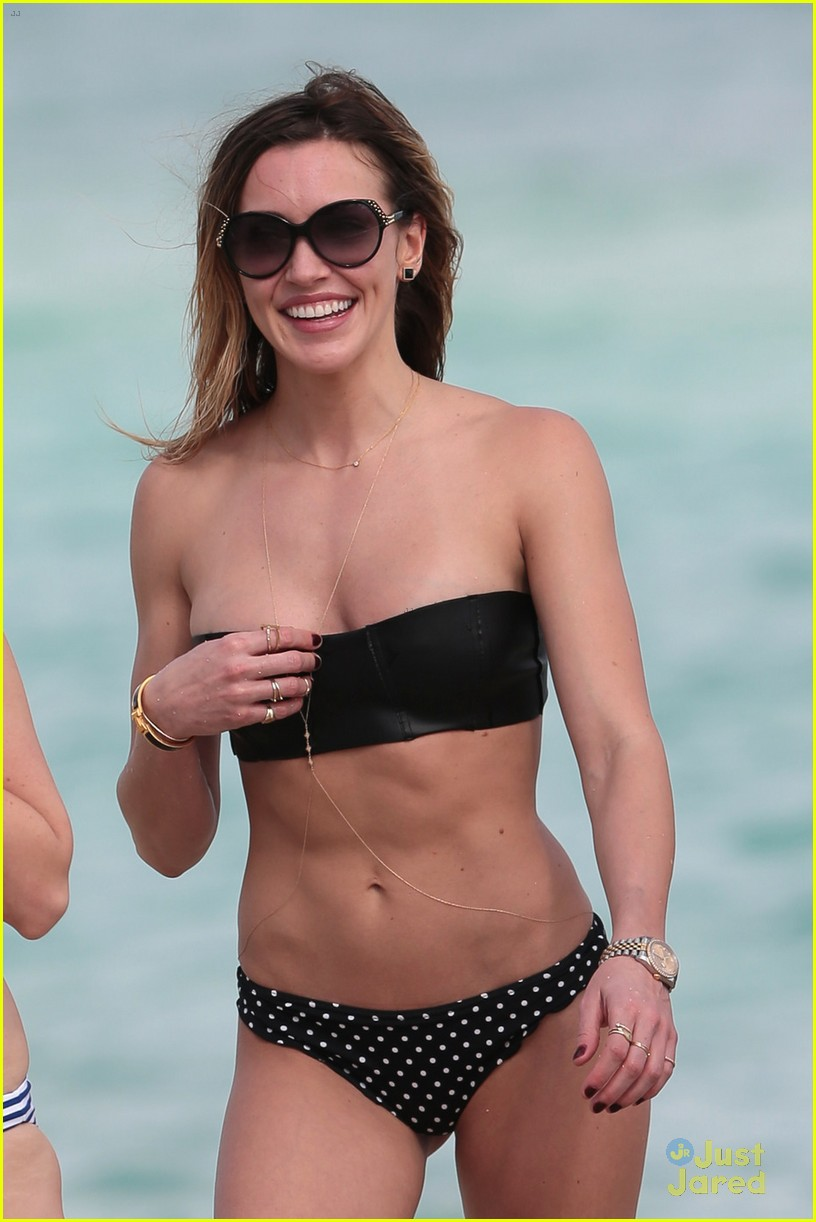 katie cassidy bikini miami arrow break 05