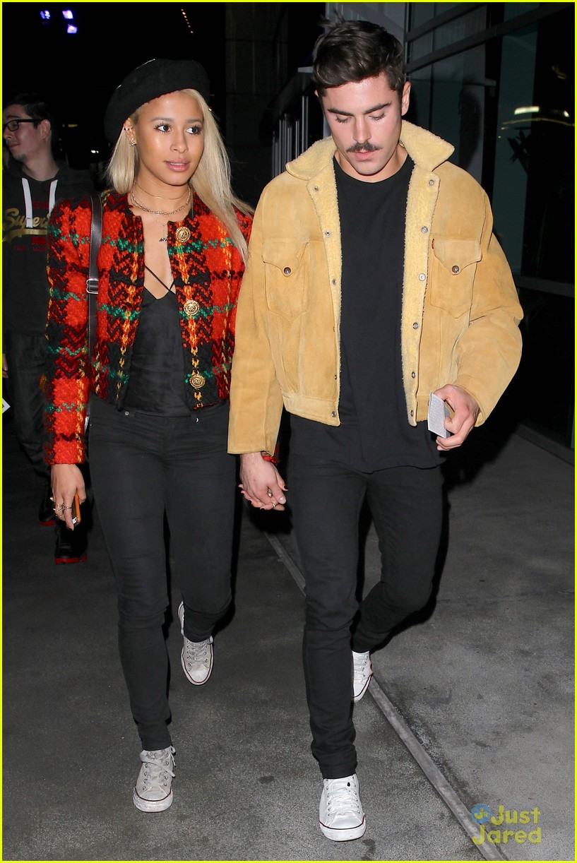 zac efron sami miro hold hands at lakers game date 04