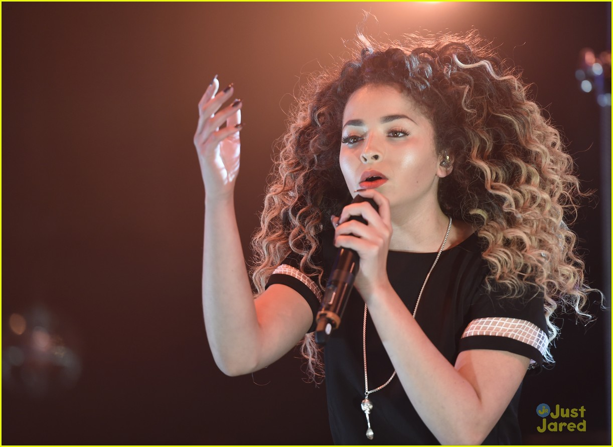 ella eyre olly murs up duet live lounge 15