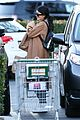 kylie jenner bares her midriff for some grocery shopping 07