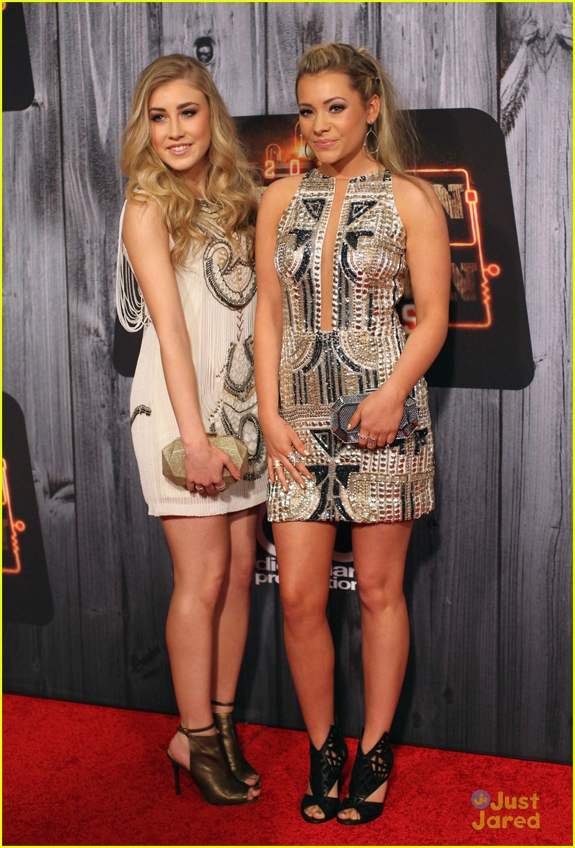 maddie tae american country countdown 2014 awards 01