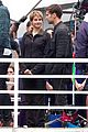 shailene woodley theo james get ready wrap insurgent 09