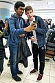 shawn mendes airport fans something big surprise 02
