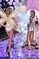 taylor swift victoria secret fashion show performance 13