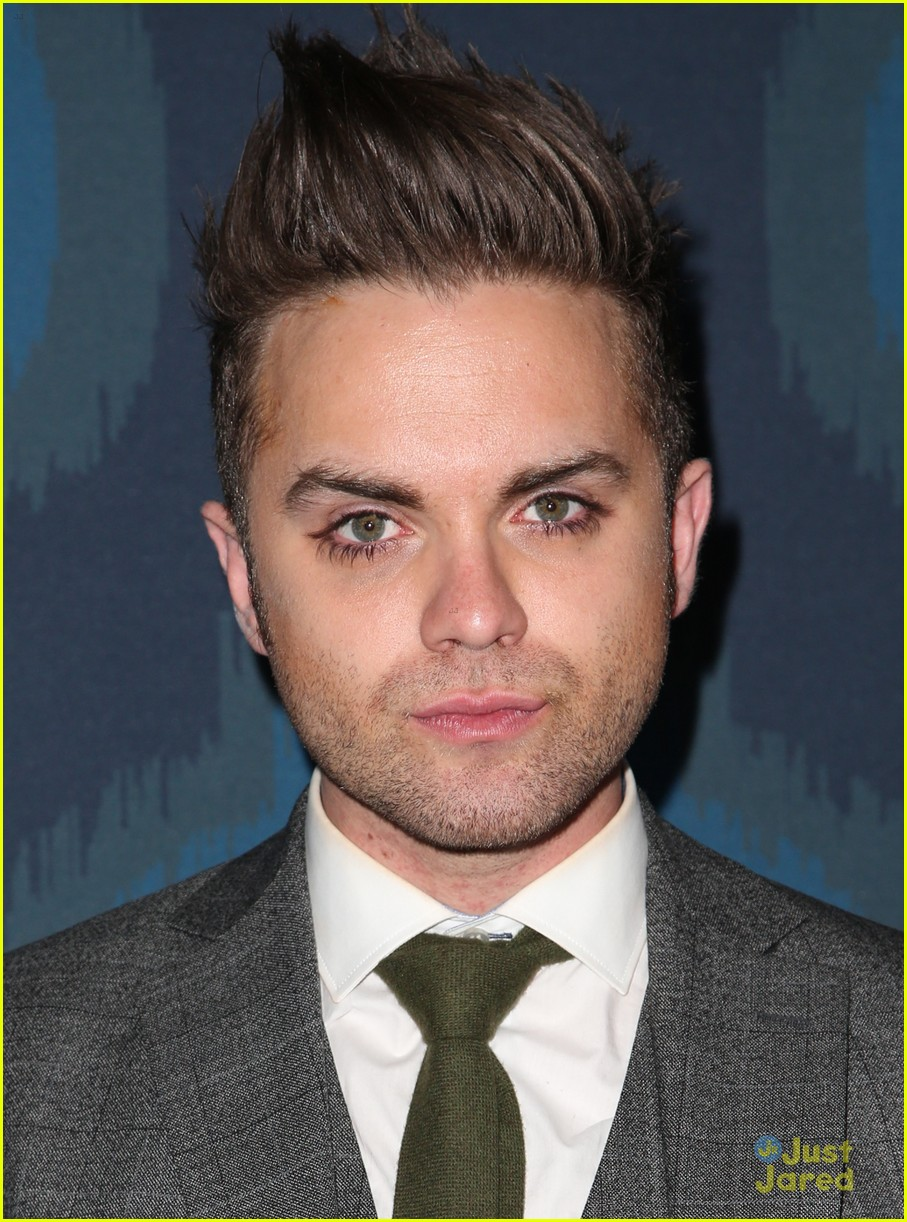 thomas dekker backstrom fox tca party 04