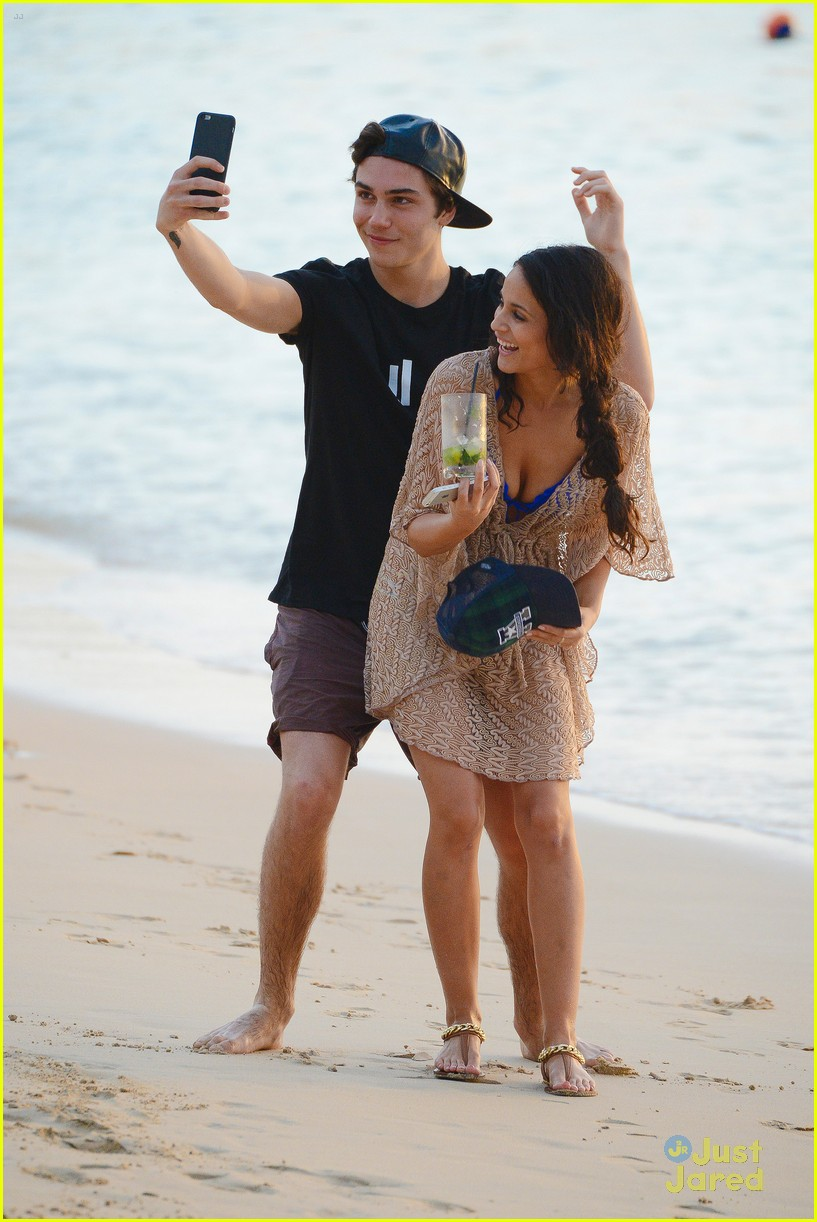 george shelley caterina lopez beach selfies barbados 02