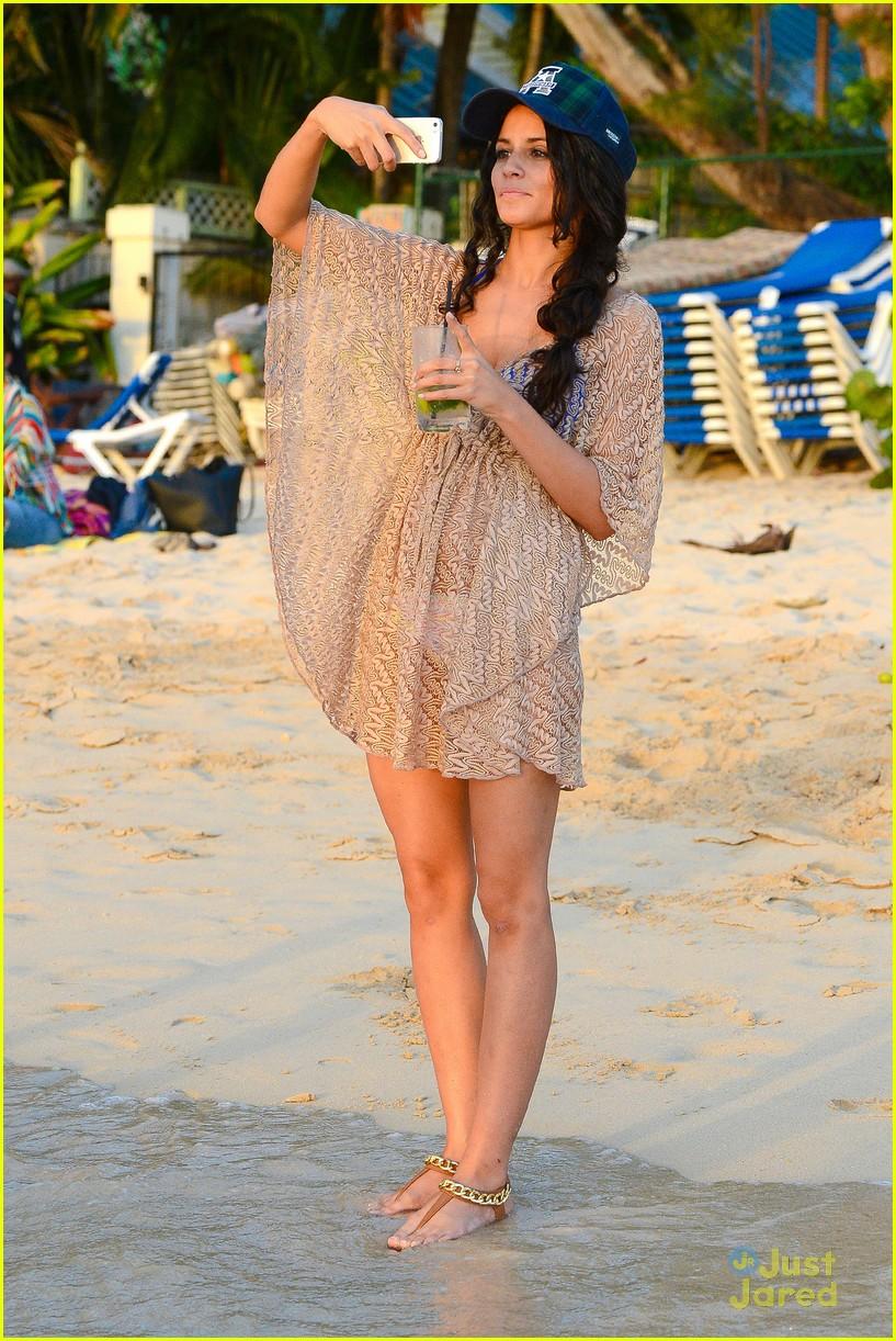 george shelley caterina lopez beach selfies barbados 28