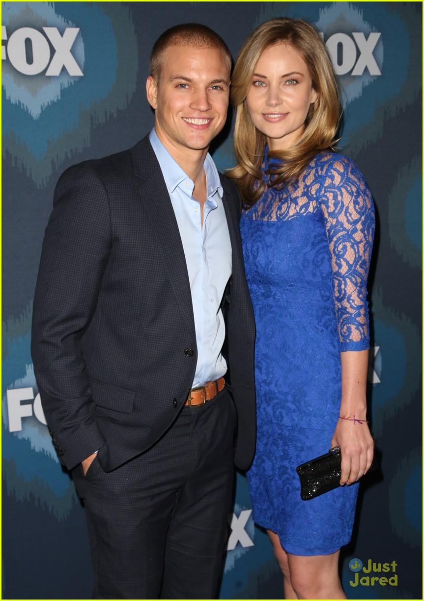 Samantha Ware Marshall Williams Get Glee Ful At Foxs Tca Party