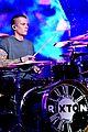 rixton broken heart dick clark nye performance 06