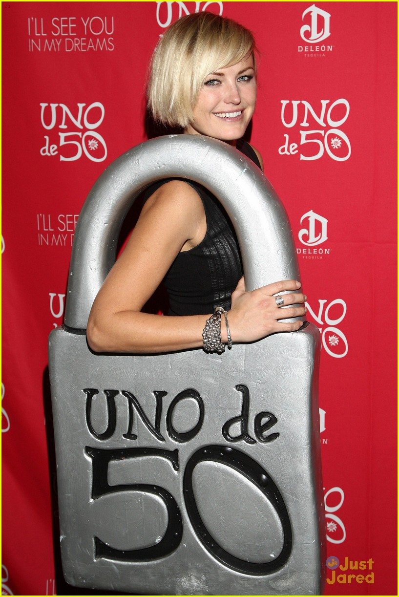malin akerman mae whitman uno de 50 sundance party 02