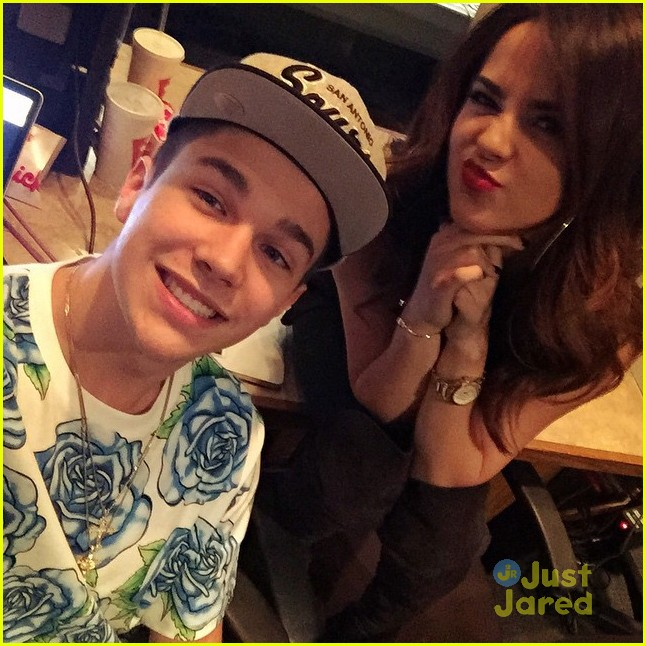 Is austin mahone and becky g still dating